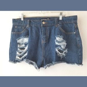 PrettyLittleThing Shorts - PrettyLittleThing Distressed Denim Shorts Sz 12